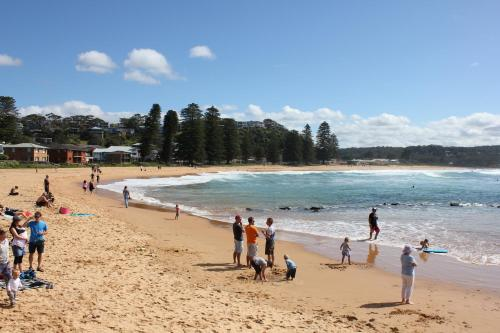 "Гостевой дом «Avoca Beach ""Cape Cottage""», Kincumber"