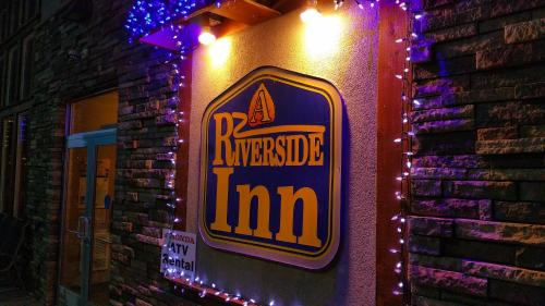 A Riverside Inn Hotel Photo