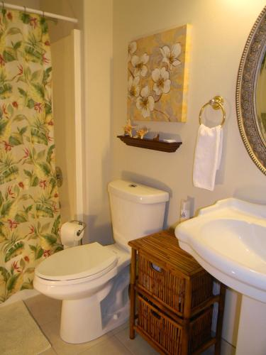 Island Goode's - Luxury Adult Only Accommodation in Hilo Photo