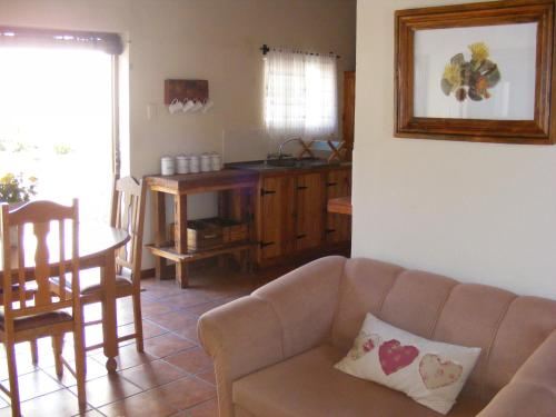 Pepper Tree Cottage Beaufort West Photo