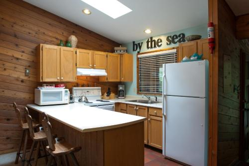 Seal Beach Cottage Photo