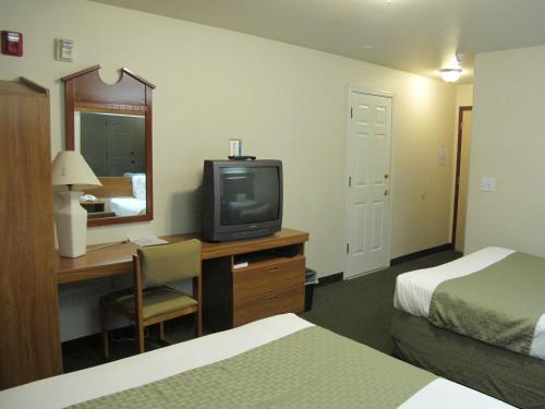 Eagle River Microtel Photo