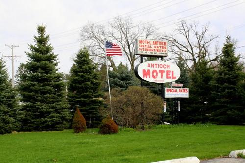Antioch Motel Photo