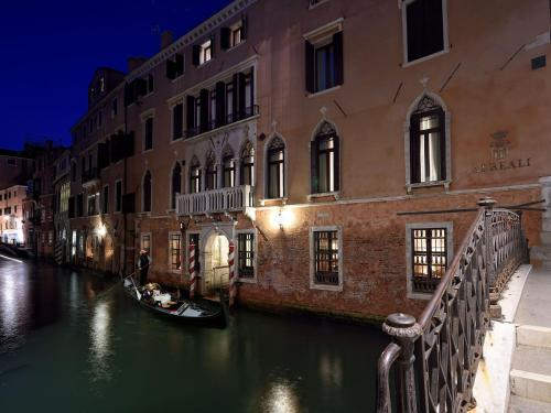 Hotel Ai Reali - Small Luxury Hotels of the World photo 91