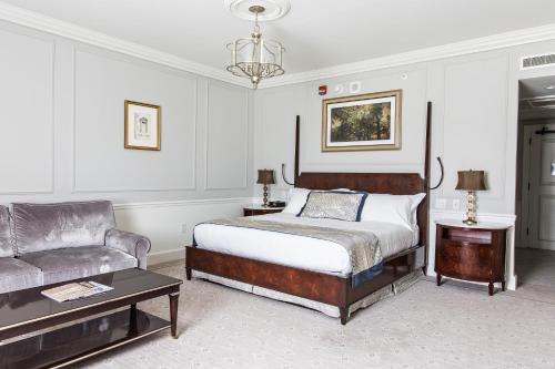 Belmond Charleston Place Photo