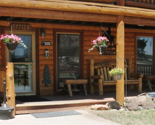 Ute Bluff Lodge, Cabins & RV Park Photo