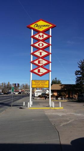 Cheyenne Motel Photo