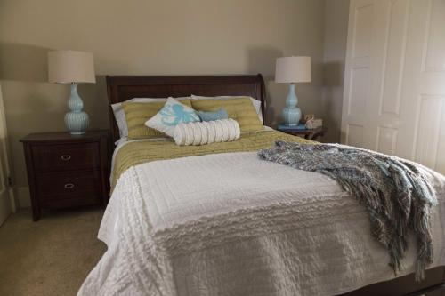 The White House Bed and Breakfast Photo
