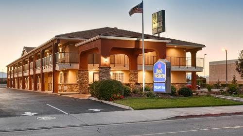 Best Western Willows Inn Photo