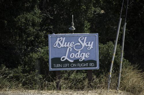 The Blue Sky Lodge Photo