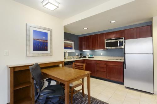 Homewood Suites by Hilton San Diego Airport-Liberty Station Photo