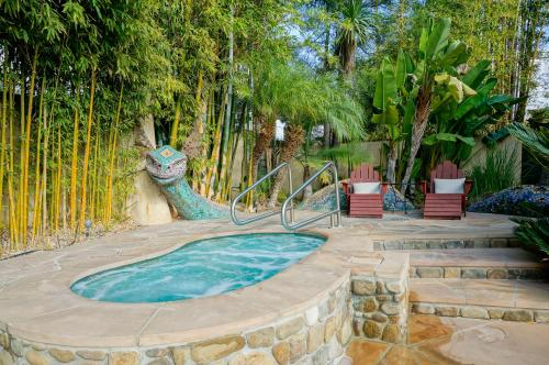 Blue Iguana Inn Photo