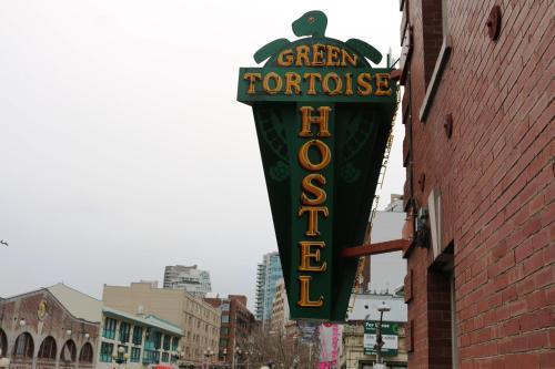 Green Tortoise Hostel Seattle Photo