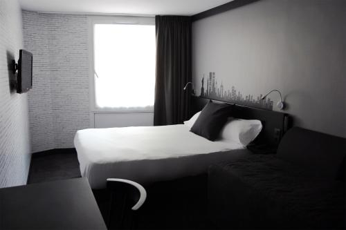 Comfort Hotel Davout Nation Paris 20 photo 11
