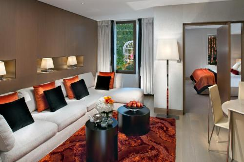 Mandarin Oriental Paris, Paris, France, picture 49