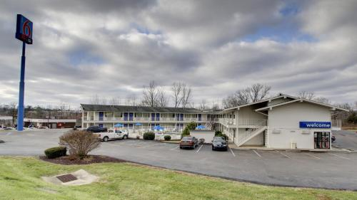 Motel 6 Elizabethtown Photo