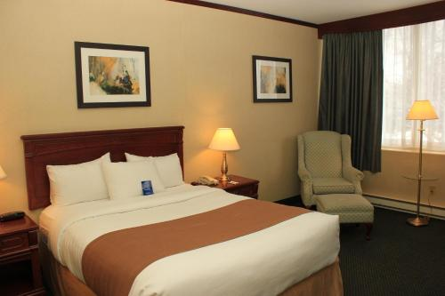 Travelodge Hotel Montreal Airport Photo