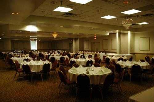 Clarion Hotel Lexington Conference Center Hotel Photo