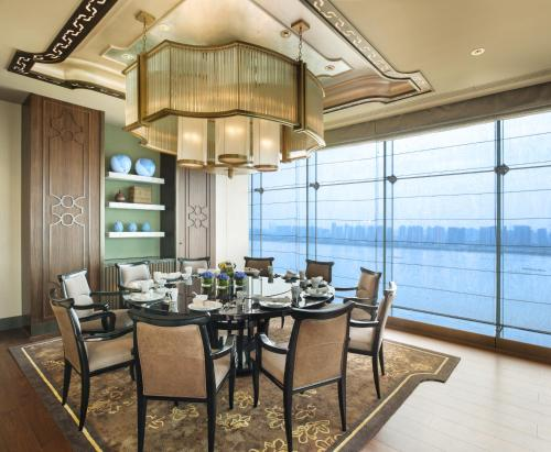 The Azure Qiantang, a Luxury Collection Hotel, Hangzhou photo 9