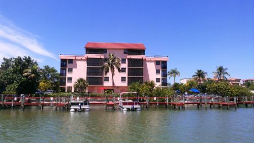 Bonita Resort and Club, a VRI resort Photo