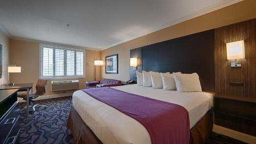Best Western Plus Airport Plaza - San Jose, CA 95126