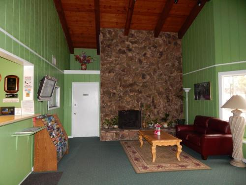 Rancho California Inn Photo