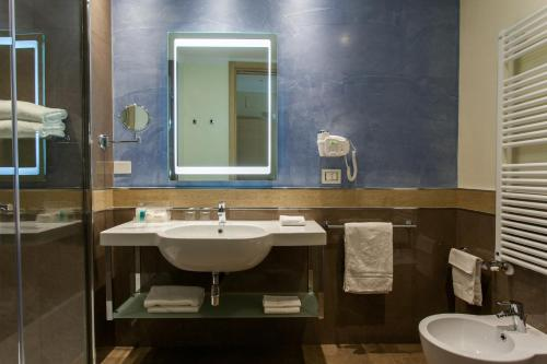 Holiday Inn Rimini Imperiale photo 33