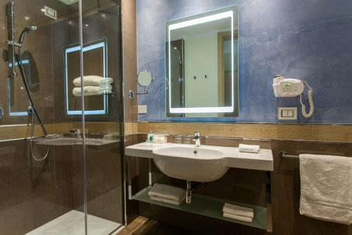 Hotel Imperiale Rimini photo 14
