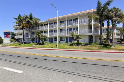 Motel 6 Santa Barbara - Carpinteria North Photo