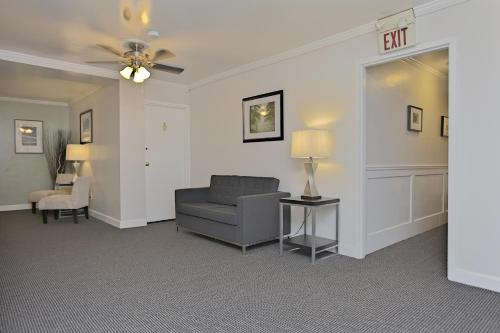 Shadyside Inn All Suites Hotel Pittsburgh Photo