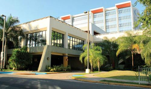 Howard Johnson At Cardiovascular Hospital San Juan