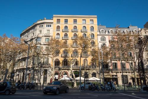 Vinoteca torres wine bar and restaurant in barcelona for Hotel gracia barcelona