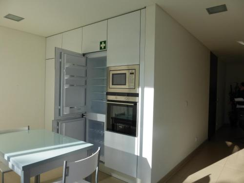 holidays algarve vacations Quarteira Black Horse Apartment - C101