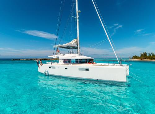 BLISS BOUTIQUE YACHTING BRITISH VIRGIN ISLANDS0