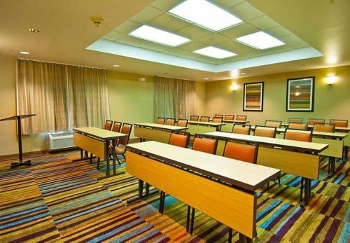 Fairfield Inn & Suites Jackson Airport Photo