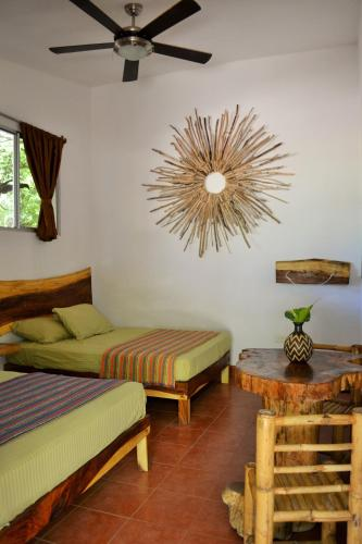 Nica Vida Beach Lodge Photo