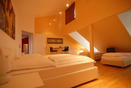 Dreamhouse - rent a room - фото 0