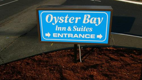 Oyster Bay Inn & Suites Photo