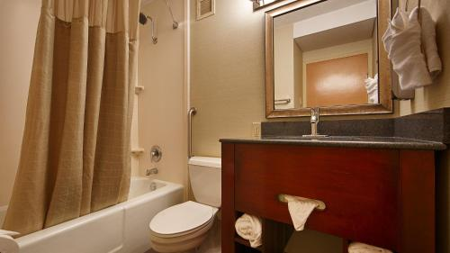 Best Western Plus Towson Baltimore North Photo