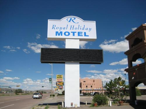 Royal Holiday Motel Photo