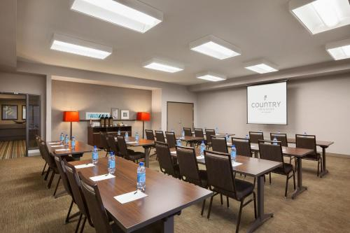 Country Inn & Suites By Carlson, Bozeman Photo
