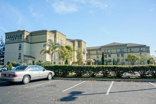 Larkspur Landing South San Francisco-An All-Suite Hotel Photo