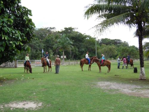 Highway Trails Belize Resort and Country Club Photo