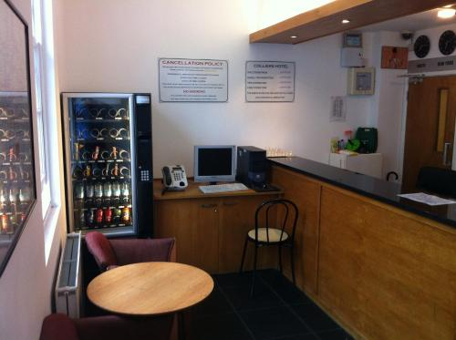 Colliers Hotel photo 10