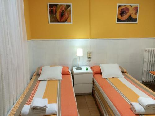 Hostal Valls photo 26