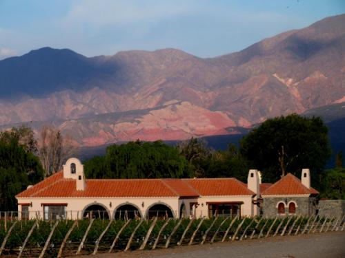 Casa Hortensia by Cafayate Holiday Photo