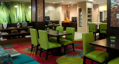 Courtyard by Marriott Tulsa Downtown Photo