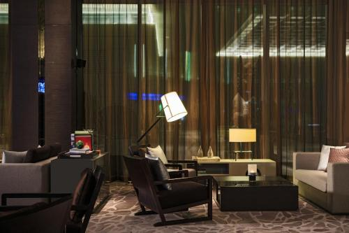 Renaissance Beijing Wangfujing Hotel, A Marriott Luxury & Lifestyle Hotel photo 22