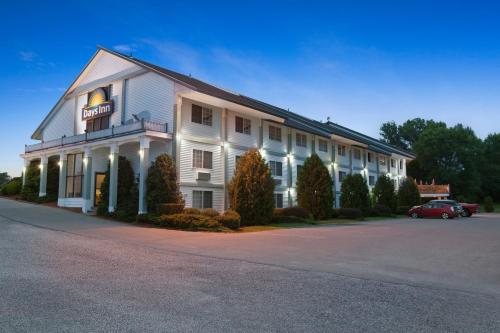 Days Inn Shelburne Photo