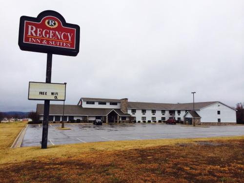 Regency Inn and Suites Photo